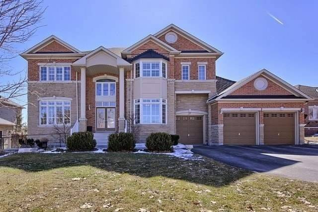 Executive Living In Brentwood Estates On Premium 85Ft Lot W/Bright W/O Lwr Lvl & Triple Heated Grg W/Car Lift. 10Ft Clngs On Main, 9Ft 2nd & Bsmt, Coffered Clngs, Beautiful Open Cncpt Design, Fully Renovated Kit W/Island, Granite Counter & B/I Appls, 4 Spacious Bdrms All W/Newly Renovated Ens Baths W/Calcutta & Carerra Marble Style Porcelain & Seamless Glass Showers,Mn Flr Office, California Shutters Thru-Out. Contemporary Flr To Clng Gas Fireplace!