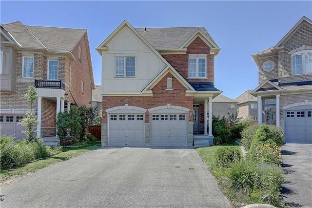 Location! Location! Location! Well Maintained 5 Bedroom Detached House Locate On A Child Safe Quiet Court. Walking Distance To Top Ranked Bayview Secondary School & Community Centre. Close To Hwy404& Shopping Centres.