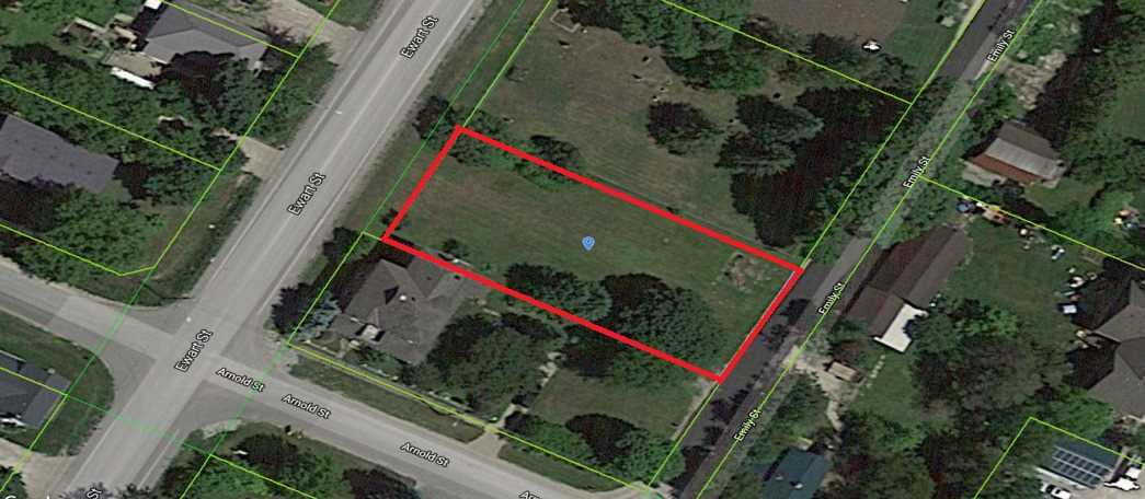 Construct Your Dream Home On This Premium Vacant Lot In The Heart Of The Historic  Belle Ewart Neighborhood In Innisfil . Just Steps To Lake Simcoe's Cook's Bay Waterfront. Minutes To Hwy 400 And About 30 Minutes Drive To Hwy 404. Municipal Sewer Service Available.