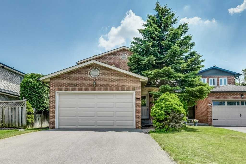 Family Home In Sherwood Estates- Village Of Markham - 3 Bedrooms, 4 Baths, Finished Basement, With Inground Pool In Private Back Yard With Mature Trees.  Great Location Hwy 7 + Ninth Line. Close To Hospital, Schools And Transit.