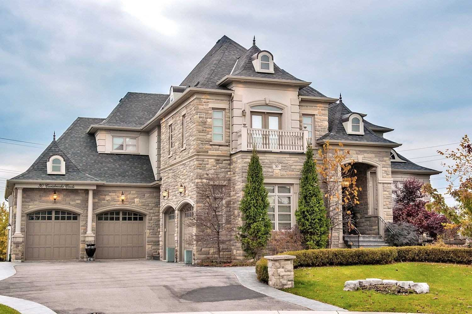 Masterpiece Majestically Lays On 1.05 Acre. Simply One Of The Best In Prestigious Belfontain. Timeless Chateau Architecture Complete W Superb Interior Design. 4+1 Bdrms, 5 Car Gar, Approx 6200 Sf W/A Fin'd W/O Bsmnt. W/Wrought Iron Fence. Downsview Kit W/Granite Counters & Top Of Line Built-In Appl's. Sep Pantry W/Freezer.Servery.Hand Painted Dining Rm Walls Are A Masterpiece! Drapes Are Silk Or Silk Blend. Swarovsky & Murano Glass Chandelier