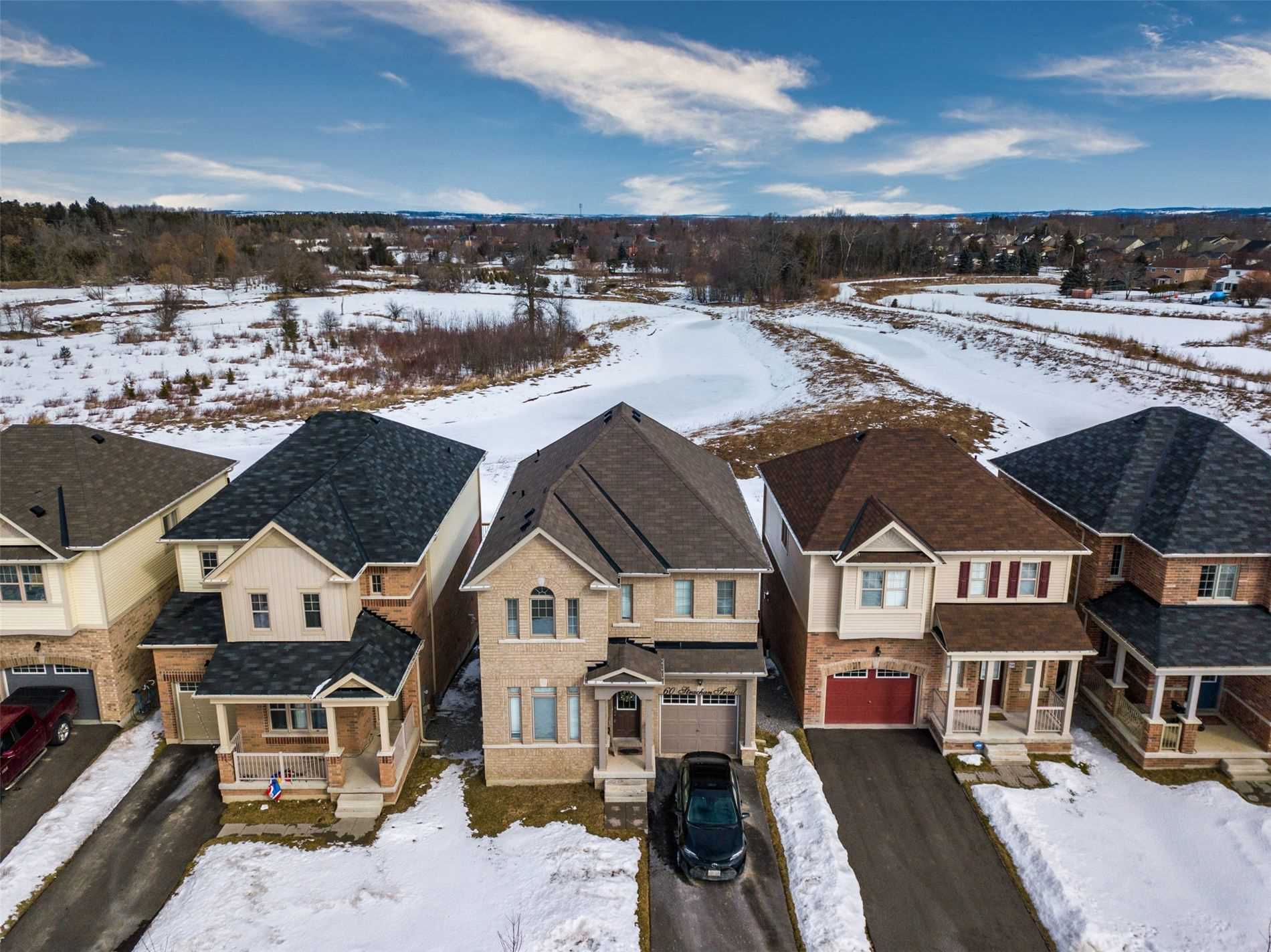 Beautiful 4 Bedroom Detached Home Located In The Small Quaint But Growing Community Of Beeton. Perfectly Situated On A Ravine Lot, This Home Backs Onto Greenery And A Creek. This Home Features A Walk Out Basement With Lots Of Light And Room For An Additional Entertainment Space And/Or 5th Bedroom.
