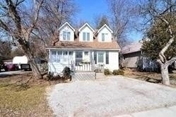 Lovely Setting In Nobleton. 131 Ft Lot. Glass Enclosed Porch Opens To Large Foyer, Open Plan, Hardwood Floors, Country Kitchen. Oak Staircase And Hardwood. 2nd Floor 5 Piece Bath With Jacuzzi Tub. Easy Access To Hwy 27 & 400.
