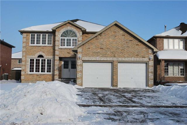 Bright & Large All Brick 4 Bedrooms House In Family Friendly Neighborhood. 2,647 Sq.Ft As Per Builder. Main Floor W/Carpet Free. Large Master Bedroom W/Soaker  Tub Ensuite. Main Level Office W/French Doors. Large Skylight. Freshly Painted. Close To Shopping, Hwy 400, Schools, Transit, Parks.