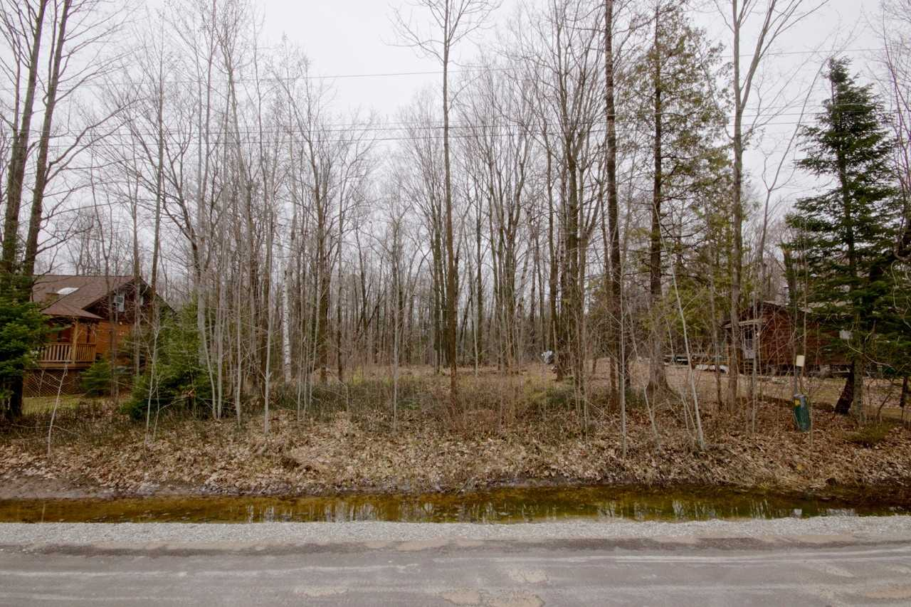 Make Yourself At Home On Beautiful Heda Drive In Tiny Township.This 79X229Ft Premium Shoreline Residential Building Lot Has Mature Trees In A Desired Neighbourhood.Municipal Water Is Available At The Lot Line,Close To The Lake,Parks,Beautiful Georgian Bay & Penetanguishene Harbour This Property Offers The Potential For Anyone's Dream Home,Your Building Plans Await.For More Photos & Video Tour Please Visit The Website.Note:**48 Hours Irrevocable On All Offers*