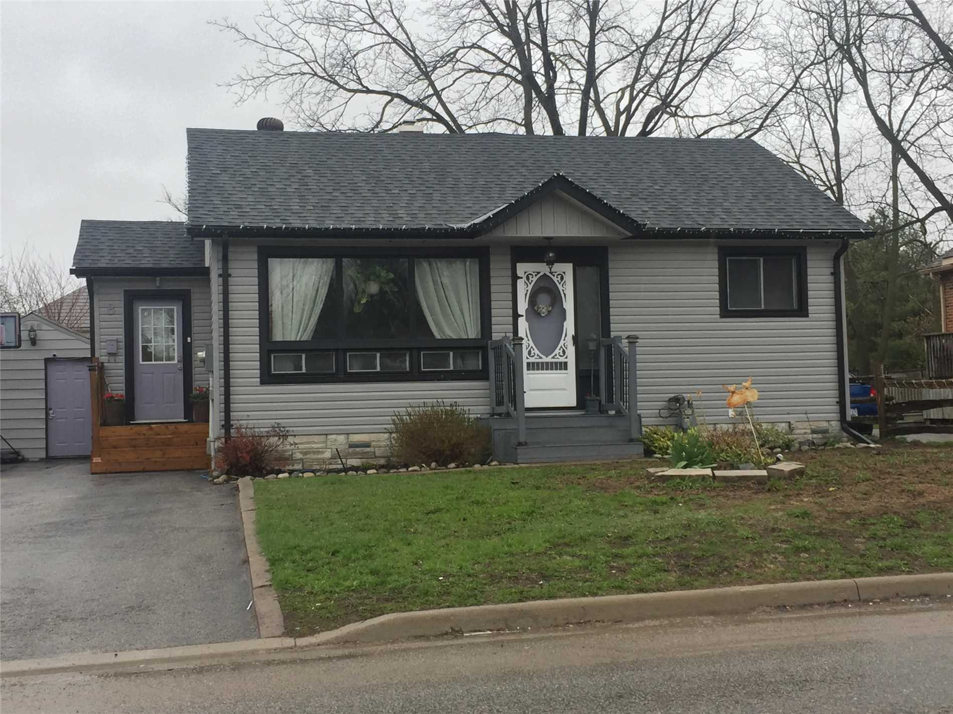 Looking For A Charming Bungalow Close To All Things Barrie Has To Offer? Look No Further. This Maintenance Free 1100 + Sq. Ft. Home In The Heart Of The City Is Looking For Its New Family. Modern Kitchen With Lots Of Cabinets, Large Living Room Perfect For Entertaining, Over Sized Bedrooms, Finished Basement With 4th Bedroom And Rec Room. This Home Also Features A Heated Garage, Mostly Fenced In Yard And Newer Roof.  Priced To Sell.