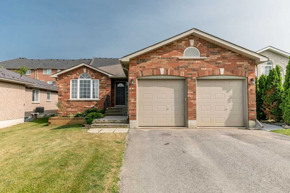 Welcome To Barrie's Desirable N.E End Within Minutes To All Of Your Daily Amenities. This All-Brick Gregor Bungalow Offers Approximately 2100 Sq Ft Finished. The Upper Level Of The Home Boasts An Open Concept Design With A Large Living Room Combined With Dining, Two Well-Appointed Bedrooms & 4 Piece Bath. The Lower Level Is Ideal As An In-Law Suite Boasting A Side Door Separate Entrance, 2nd Kitchen, Liv/Din, 2 Beds & A 4 Pc.