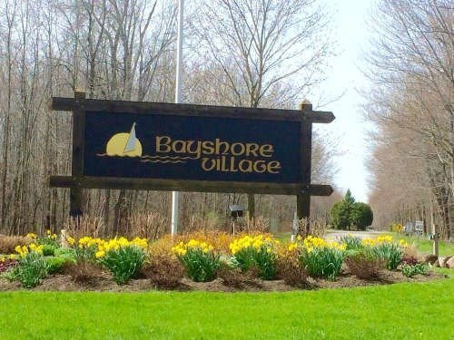 Excellent 100X225 Feet Bayshore Village Building Lot Backed Onto Natural Pond With Fish Fed By Lake Simcoe. Build Your Dream Home In The Community That Offers Golf/9 H/, Tennis Courts, Swimming Pool, Private Harbor, 3 Marinas, Community Center, All Season Boat Storage And More. Community Association Fees $900/Year. Municipal Water, Sewers, Hydro Are Available At The Lot Line. Gas Supply Is From Propane Company. Bell Fibe Internet.