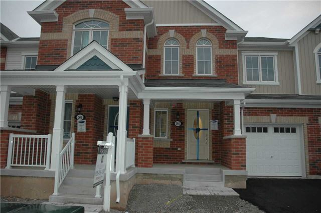Brand New Town In Great Community Of Milton. Close To 401, Go Station, Plaza, Mall, Schools, Daycares. Absolute Open Concept In Main Floor With Decent Crown Moulding! Big Island In Kitchen & Stainless Appliances And Great Sized Family Room! Upgraded Tiles In Main Floor And Laundry In Second Floor. Energy Star Rated - Low Monthly Utility Bills. Short Term Can Be Considered.