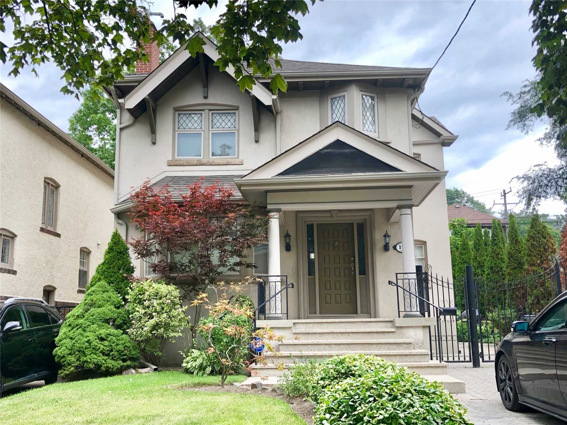 Rarely Offered! Superior Detached, Exclusive Rental! This Well Maintained, Old Mill 3 Bedroom Home With Renovated Kitchen And 2-Bathrooms Is Sure To Check All The Boxes. Main Flr Family Rm Overlooks A Landscaped Garden. Gorgeous Wood Trim, Leaded Glass, Gumwood, Modern Mechanics And Many Updates. Steps To Transit, Shopping & Restaurants. Easy Access To Highways Making Your Morning Commute A Breeze.