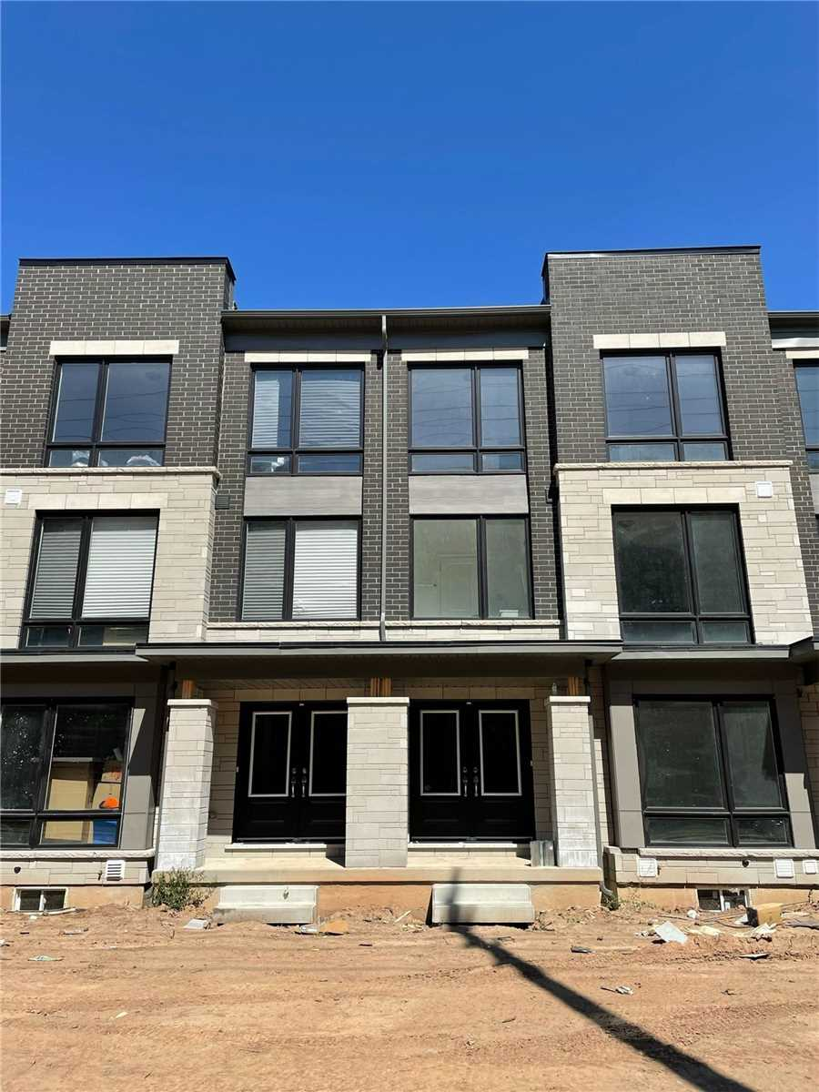 Welcome To The Brand New Community Of Glen Abbey Encore! This Modern 3 Bedroom Townhome Is Brand New And Never Lived In. The Kitchen Boasts All S/S Appliances. There Is A Park Steps From The Home. Minutes To The Qew/407. Public Transit Just Steps From The Front Door. A Den That Can Be Used As An Office With Lots Of Natural Light. This Home Is Perfect For A Small Family And Is Close To All Of The Necessary Amenities!