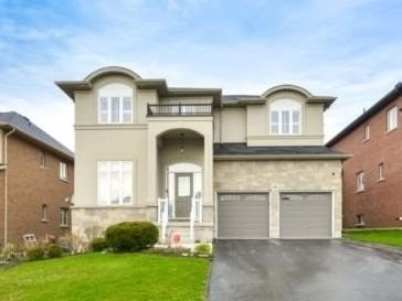 Absolute Showstopper!!**Splendiferous Detached Appr 3128 Sqft Sits On Cul-De-Sac In The Most Desirable Neighborhood Of Gurnett** Gorgeous Escarpment View* Pro Landscaped Front & Back Yard* Stunning Layout W/ 9Ft Ceiling, Hrdwd Flrs On Main & Cali Shutters T-Out* Fam Rm Open To Above W/ Gas Fireplace & O/Looks Backyard* Gourmet Kitchen W/ Granite Countertop, Custom Backsplash & B/I S/S Appl* Huge Master W/ W/I Closet & 5 Pc Ensuite*
