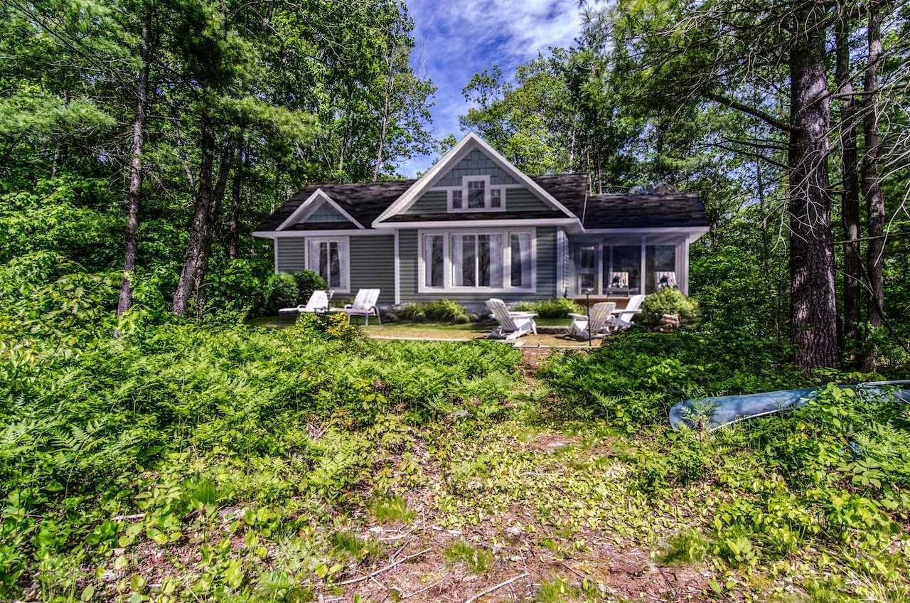 Road Access West Waterfront!2.8 Acres Of Coveted Land On Sought After Six Mile Lake Muskoka!Table Land,Mixed Deciduous & Coniferous Forest & Gentle Granite Shoreline For Your New Construct.Direct Breezy Westerly View Across A Quiet Bay.Gravel Driveway Rough Installed.200A Hydro Is In. Access Via A Very Nice Newer Private Road. Included Materials Only Package For The Lindhill-1,A 1020 Sq Ft Cottage Delivered To Site As A Kit.*Cottage Image Rendering Conception