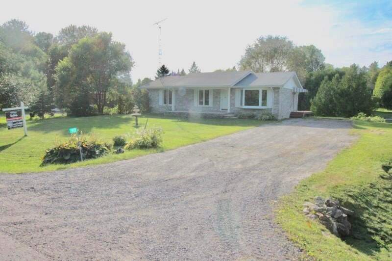 Beautiful Pirates Glen Community At Top Of Pigeon Lake,This Home Is A Solid 3 Bdrm All Brick Bung,W/100' Of Owned Waterfront On A Channel Leading Directly Onto Pigeon Lake!Boat 5 Lakes Without Going Thru The Locks! Home Boasts 2 New Decks W/Sunny Western Exposure,Beautiful Sunsets From Your Backyard.Great Feas In The Area Which Incl A Private Beach, Cable Tv, High Speed Internet & Taxes Incl Community Township Well Water.