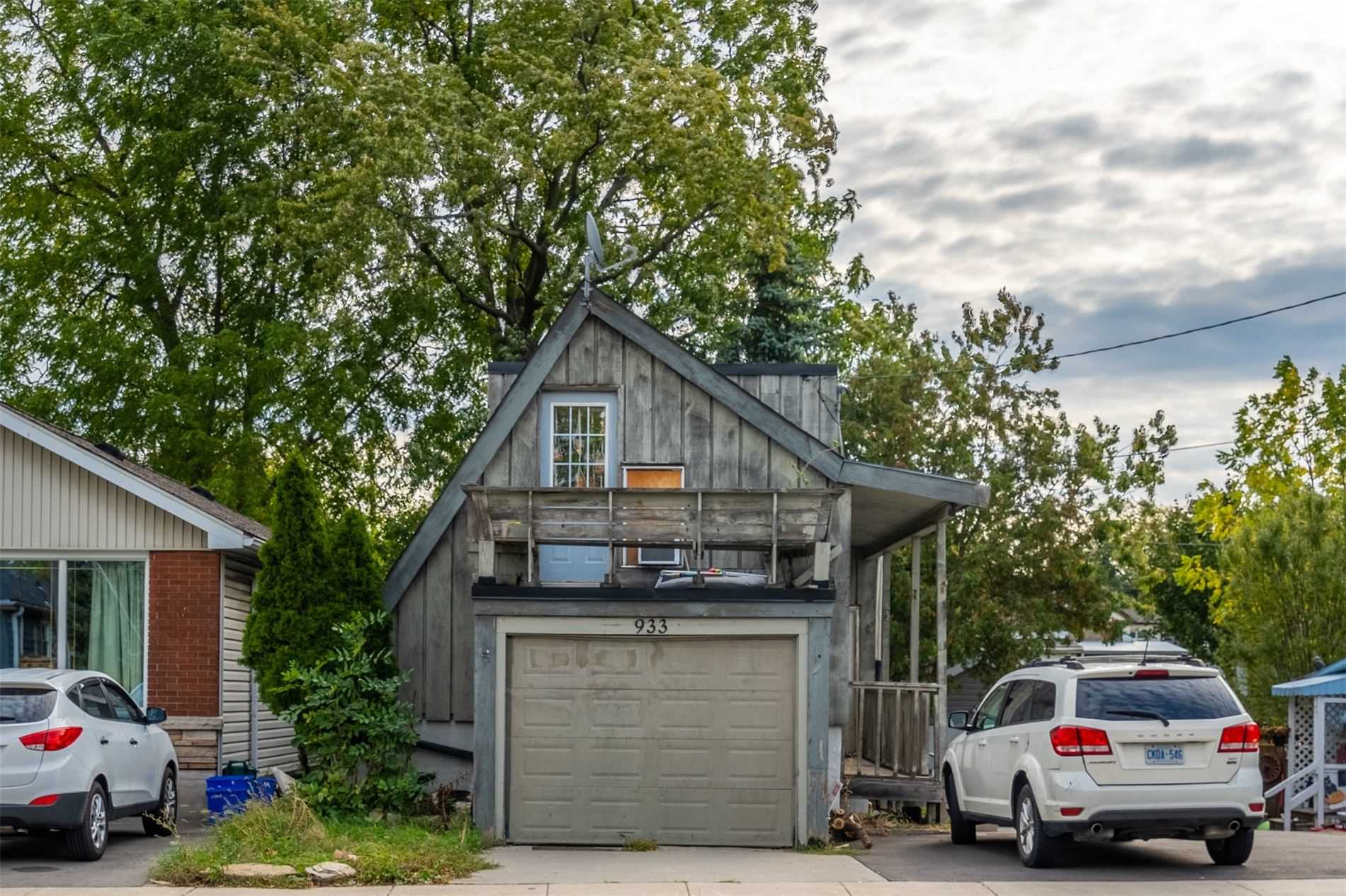 3 Kitchens, 3 Full Baths, 3 Fridges, 3 Stoves, 2 Washers, 2 Dryers, Gas Furnace 3 Years Old, Central Ac 2020, Updated Shingles, Omni Basement System,Transferrable Lifetime Warranty, Updated Basement. Rented At $1500,$1100, $1400 All Inclusive.