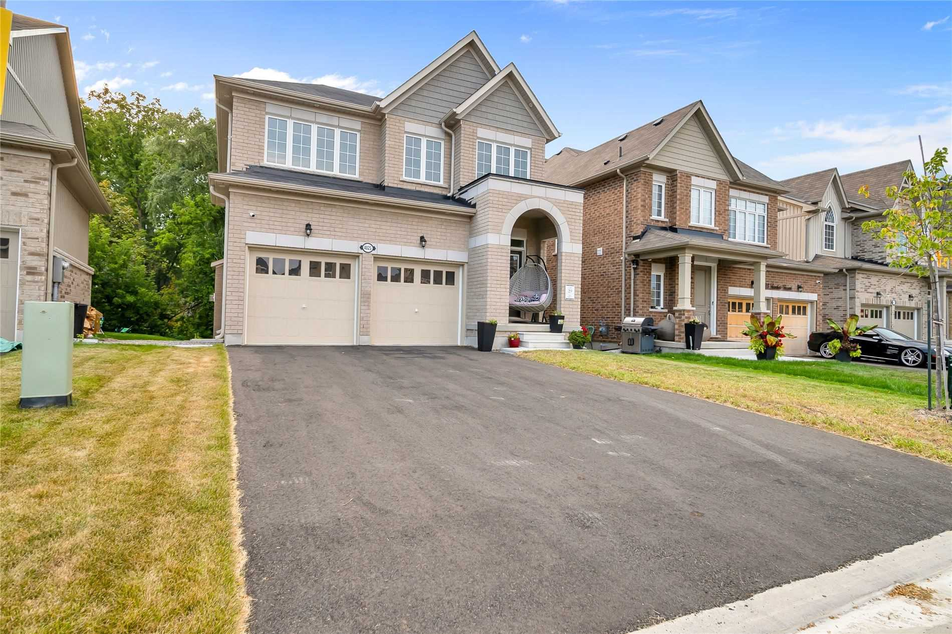 Stunning Detached 2499 Sq Ft(As/ Builder) On Crt Location. Newly Built 4 Bedrooms/4Washrooms Cachet Hill Homes With Full Of Natural Sunlight. D/Door Entry,9Ft Ceiling On Main, Kitchen With Granite Counter & High-Tech Appliance, In/Out Pot Lights, C/ Vacuum, Bbq Gas Line, Laundry On Main, Extra Large Windows In Basement, All Bedrooms Attached With Washrooms, Designer Blinds, Spectacular View Of Backyard/Little Stream/Tress.30 Minutes Drive To Niagara.