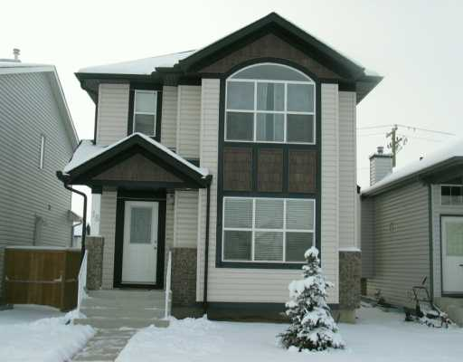 EXCEPTIONAL VALUE !!!BEAUTIFUL TWO STOREY HOME IN THE HEART OF TARINGTON WOODS, FEATURING MODERN EARTH TONE DECOR, MAIN FLOOR FAMILY ROOM WITH A BAY WINDOW AND A GAS FIREPLACE AND MAPLE TOP TV NICHE,A SECOND LIGHTED BUILT IN NICHE FOR OTHER DECOR, LARGE KITCHEN WITH ISLAND/BREAKFAST BAR,WALK-IN PANTRY(FROSTED DOOR) MAPLE CABINETS AND A BUILT-IN DESK, HUGE DINNING AREA ALSO WITH BAY WINDOW, HALF BATH WITH LAUNDRY AND MARBLE COUNTER, MASTER BEDROOM WITH WALK-IN CLOSET AND A 4 PC ENSUITE(JETTED TUB).UPGRADED BEREBR CARPETS, MAPLE RAILINGS, KNOCKDOWN CEILINGS, BLACK APPLIANCES,FRIDGE WITH WATER AND ICE DISPENSER.UNSPOILED BASEMENT AWAITING YOUR PERSONAL TOUCHES!!!DON'T MISS OUT ON THIS FULLY LOADED HOME!!CALL TODAY FOR YOUR PRIVATE SHOWING!!!