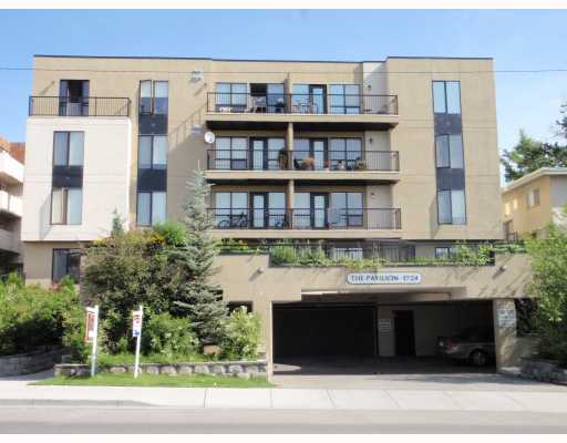 Location location !! Close to down town, and only minutes to 17th Ave SW and to trendy Marda Loop. This well kept 1176 square foot condo boasts an open floor plan with newer bathrooms, good sized bedrooms, large family room and kitchen. With a south facing private patio and courtyard, enjoy the sun year round! What a great opportunity to own a large condo only minutes to all amenities.