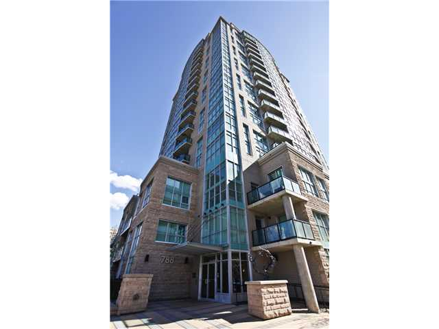 """STUNNING WEST VIEWS of the Rocky Mountains & the Bow River from this 1 bedroom, 1 bathroom condo on the 17th floor of the trendy """"Xenex on 12th"""" building! Perfect for 1st time home buyers or investors looking to cash in on the RED HOT rental market! Features include: 9ft ceilings, granite countertops, SS appliances, laminate hardwood/ceramic tile flooring, dramatic floor to ceiling windows which capture the fabulous sunsets, air conditioning, good sized master bedroom with same outstanding WEST views, 4-piece bathroom with soaker tub, in-suite laundry/storage room (W&D included!), functional balcony, 1 underground/heated TITLED parking spot (communal car wash!), 1 assigned storage locker - all this & a concrete building that makes for quiet living! Location is a 10 out of 10 - bus stop right out front, Safeway across the street, steps from the DT core, LRT 6 blocks away and 4 blocks away from all the shopping/bars/restaurants/action 17th Ave has to offer!  THIS BUILDING WAS NOT AFFECTED BY THE FLOOD."""