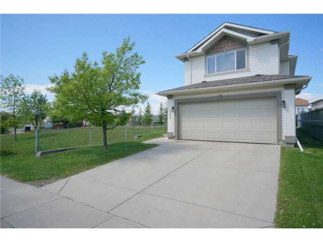 Enviable location on a quiet street, right beside a park & playground, and backing onto a lane! You can watch your kids play in the park from your own back yard! This pleasant family home is ready & waiting for you to move in. You are welcomed by bright, open & functional living space. The kitchen, featuring beautiful maple cabinets and a walk-in pantry, is open to the living room, great for entertaining and conversations.  There are 3 bedrooms up, including the master with ensuite. There is also a bonus room featuring a cozy fireplace for those family movie nights! The unfinished lower level has in-floor heating & R/I plumbing - develop this and you will have additional warm & cozy living space.  Patio door off kitchen leads to a large cedar deck (BBQ with gas hookup included), a fully fenced yard, and a huge storage shed.  With fresh paint throughout, upgraded low E and argon filled windows, an oversized garage, and the location alone, this is a home you don't want to miss seeing! Quick possession!