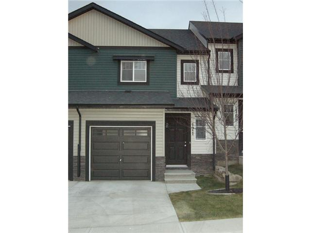 Good starter home or investment property.  Welcome to this cozy townhouse located in the heart of panorama hills. It features 3 bedrooms up, 1.5 bathrooms, open kitchen, large living room, sliding door to good size deck, large unspoiled basement with 3 pieces rough in for feature bathroom, and attached front garage. It is close to all amenities, shopping, public transit, playground and schools.  ** 171 Pantego Lane NW **