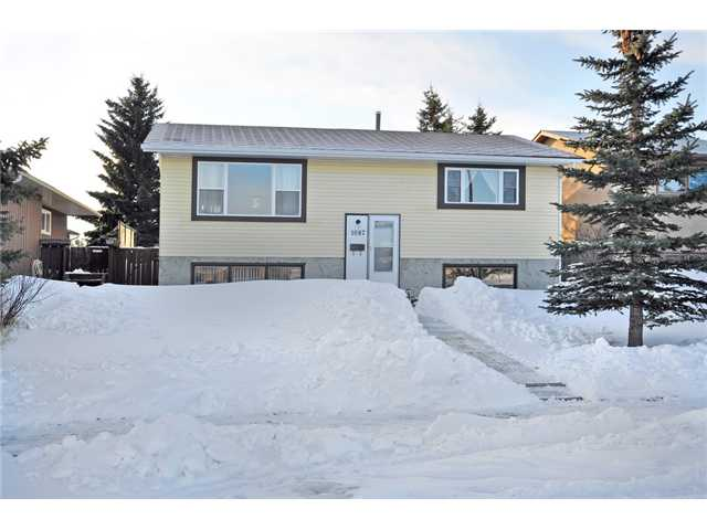 What an incredible way to get into the single family Calgary home market. This lovely bi-level is neat, tidy & well looked after. The same owner since 1985 has lovingly maintained this gem. Many upgrades over the recent years include, roof, front windows, front door, laminate flooring & within the year a new furnace & hot water tank. Complete with a water softener & washer & dryer this home is move in ready. As you enter you will appreciate how bright & cheery this home is. The main floor features a spacious living room, cute kitchen & breakfast nook, 4 piece bathroom & two large bedrooms. The basement is complete with a huge family room, the 3rd bedroom & an office or den which could be used as a guest suite. This home is perfect for the family with teenagers as they would love their own separate entertaining area in the basement. The south backyard is huge & features large trees & established landscaping. There are two off street parking stalls & plenty of storage under the huge deck.