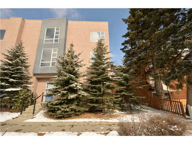 MARDA LOOP LIFESTYLE! Absolutely gorgeous yet trendy townhouse in the highly sought after community of Marda Loop. This upgraded condo has in floor heat and an attached heated single garage. You will love the newer hardwood flooring & top down bottom up blinds. The bright main floor living room has a gas fireplace and lots of windows. Amazing master retreat with 4 piece ensuite & walk-in closet. There is second nice sized bedroom & additional 3 piece bath. Located on a quiet street within blocks of boutique shopping and nightlife, you will love the close proximity to downtown as well. Call today to view.
