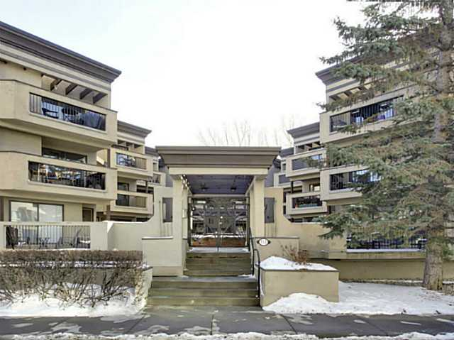 ENTER a courtyard with CHARACTER. Welcome to Bridgeview Heights. Featuring this very stylish one bedroom abode...open concept in DESIGN. Blending the kitchen, dining and living areas, creates a spacious feel. The kitchen is highlighted by maple cabinetry, undermount lighting, bold black appliances and a movable island with a fold up eating table. Laminate flooring runs throughout this home, enhanced by warm lighting and comfortable wall coloring. The nicely sized master bedroom is entered in through a chic french door featuring a ceiling fan and bright window. A four piece bath and separate laundry room, complete with a full sized washer and dryer add to the value here. All of this plus one assigned underground- heated parking stall and storage area, makes this the ideal inner city place to call home. Close to great eating, shopping and everything fun!