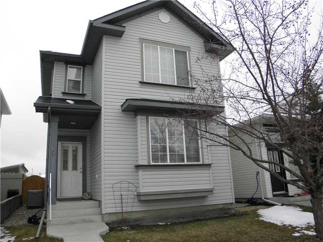 WOW! Your new home is a bright open and inviting two storey that shows pride of ownership throughout. Lots of upgrades including engineered wood flooring, gas stove, gas fireplace, kitchen island, speakers in ceiling, central air, new roof and much more! Upstairs features 3 generous bedrooms and an en-suite with jetted tub. Room for a garage out back with treated wood fencing and a large deck. Great location close to schools, parks, transit and shopping. Must be seen, call realtor today!