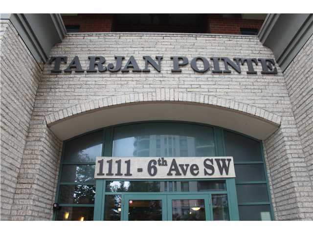 Beautiful spacious & open floor plan, 1 bedroom plus den in a great downtown location, across the street from a C-train station and a short walk from the Bow River. Great size island in the kitchen, kitchen is complete with a flattop stove & self clean oven, and maple cabinets. Kitchen entrance, and bathroom have black tile flooring. Black countertops throughout. In-suite washer and dryer complete the five appliances included. Oversized closets throughout. BBQ gas line hook up on the large balcony. 1 underground parking spot. This building has 24/7 on-site security/concierge, bycicly storage, a tastefully decorated lobby, excellent exercise room, security cameras, and plenty of underground visitor parking. Condo fees include heat, water, and electricity. Building also has plenty of main floor retail shops & cafes. Call today as this one won't last long!!!