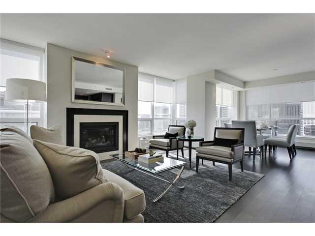 Fantastic 2 bedroom + large den, 2.5 bathroom sub-penthouse facing the SE corner of Tower I at Waterfront. Great kitchen with large island and premium concealed appliances. Open concept living and dining area with amazing Prince's Island Park, Unobstructed river and city views. Located between Calgary's downtown core and Prince's Island Park, the brand new homes at Waterfront are a great place to call home. Walk to work via the +15 network located steps away or go for a run along the river path and Prince's Island Park. Wide open living spaces, vertically extended windows and chef-inspired kitchens with premium quality appliances are all included. Residents have access to over 6000 sqft of amenities including private owner's lounge, fully-equipped fitness centre and yoga studio, indoor whirlpool and steam rooms, private movie theatre and executive concierge