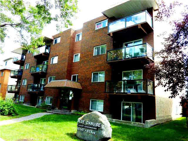 "Whyte Avenue-Old Stratchcona Universe Awaits.2 Bedroom Unit. First Steps on the Just Installed Espresso Plank Hardwood Maple Floors Yours!! Decorating/Painting Fresh.Granite Countertops,Maple Cabinetry,Stainless Appliances.Crown Molding,Trim,Ceramic Tile,Backspalsh,Plus More.Convenient In-Suite Laundry Stack.Balcony.In-Suite/Plus a Lower Level Storage Locker.Secure Parking Stall.Short Walk to University,River Valley.All Popular Amenities Nearby.Why Pay Rent?.Your First Home ?,Student's Paradise or a Secure Investment Property Can't Miss Whyte Avenue Location."" Set Sail "" The Blue Danube "" IMMEDIATE MOVE -TODAY !!"