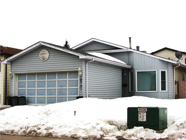 Lymburn 4 Level Split . Located directly across the street from Fine Lymburn School (K-6). 3 + 1 Bedroom. 3 Bathroom. Vaulted Ceilings.Family Room c/w Fireplace.Sliding Patio Door to Deck off Kitchen.South Facing Yard.Double Attached Garage.Transit,Shopping,Green Space all steps away.$ 305,000 (Reduced) 18731 - 72 Avenue.