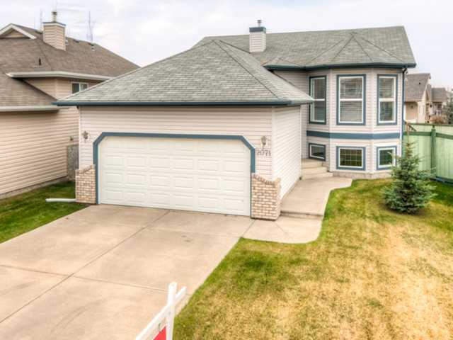 Welcome to prestigious Breckenridge Greens in Lewis Estates. Surrounded by the Lewis Estates Golf Course, new west end Costco, new grocery stores and banks with instant access to the Whitemud & Anthony Henday! This immaculate bi-level is located in a quiet crescent offering 3 bedrms, 2 bathrms, double attached garage with 1269 sqft above grade and approximately 1200 sqft in the basement ready for development with lg windows and rough in plumbing for a future bathrm. The main floor features vaulted ceilings with beautiful oak stairway banister from the entrance leading to a living rm. 4 pce bathrm, an eat in kitchen with a large walk in pantry and a new light fixture. The main floor also includes 3 bedrms with the master offering a 3 pce. ensuite and a walk in closet. There are plenty of windows throughout that are dressed with Hunter Douglas blinds. The backyard is fenced and boasts a raised deck that can be accessed from the dining area. All appliances are included and the high end washer & dryer are new