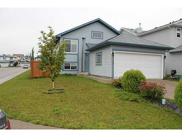 Beautiful 2 + 2 bedroom bi level,built in 2001, located in prestigious Wild Rose community. Huge corner lot and big windows brings lots of natural light. Main floor has living room, kitchen, 2 big bedrooms, 4 pc bathroom, dining area that leads to big deck. Basement is finished with family room, bedroom, den (can be used as bedroom) and 4 pce bathroom. There I rough in plumbing for another kitchen suite. House is freshly painted and comes with all appliances, fully landscaped and fenced yard. Walking distance to new shopping plaza which includes Superstore, home Depot, Staples, banks and restaurants etc. Perfect home for ist time buyer or family looking for lot of room in house...