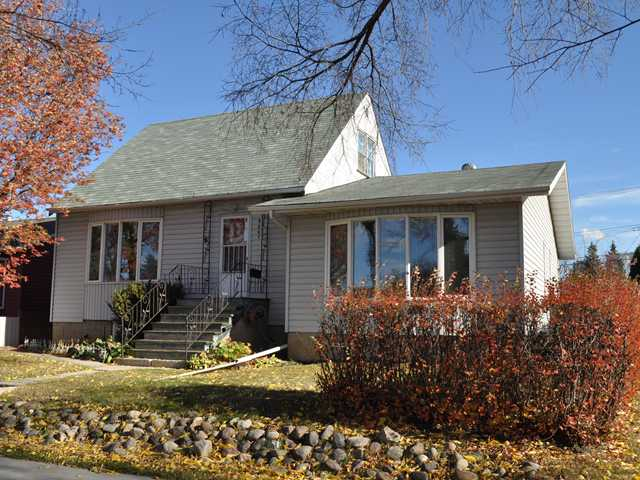 "Not your ""cookie-cutter"" home. LOCATION, LOCATION, LOCATION in HOLYROOD! Welcome to this split level home renovated in the 1970's. Think: Wood paneling and shag carpet! This home exudes character for the right buyer with a bit of an imagination. Currently occupied by the long time owner. 3 Bedrooms in this ""UNIQUE"" OPEN layout. Great investment opportunity to build immediate equity. Located on a tree-lined street featuring public transit outside your front door. Minutes to Downtown, Bonnie Doon Mall, Mill Creek Ravine & the U or A. Large 50'x 150' lot with 2 detached garages; 1 single and a heated double! The listing price is set by court order. All offers will be submitted for consideration."