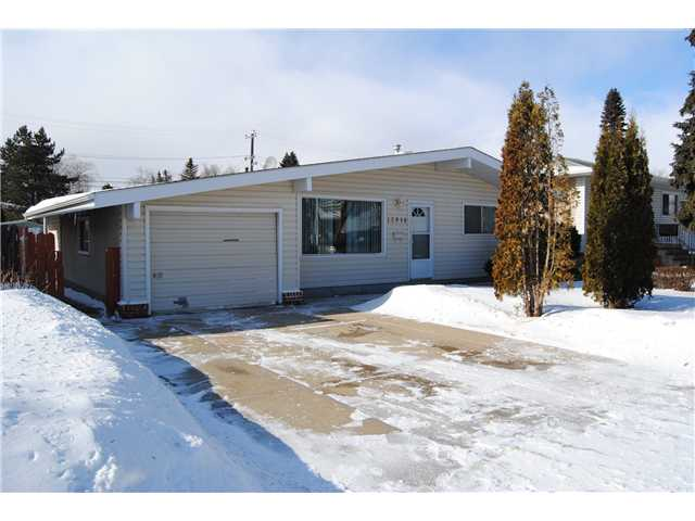 Exceptional value is what you get with this great starter home. This 850sqft single family bungalow home comes with an insulated single attached garage, 2 bedrooms plus a den and a huge yard with back lane access. Some Features include Hardwood Flooring in living room and bedrooms, Newer Stainless steel Fridge and Stove, Some new windows, Stone paved patio with Pergola. Large Laundry room with plenty of storage and a 2nd fridge included. Situated on a quiet street and is walking distance to public transportation, schools, parks, shopping and Grand Trunk Leisure Centre.