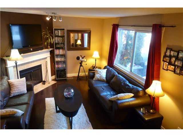 112 14707 53 av for Hardwood floors 1200 square feet