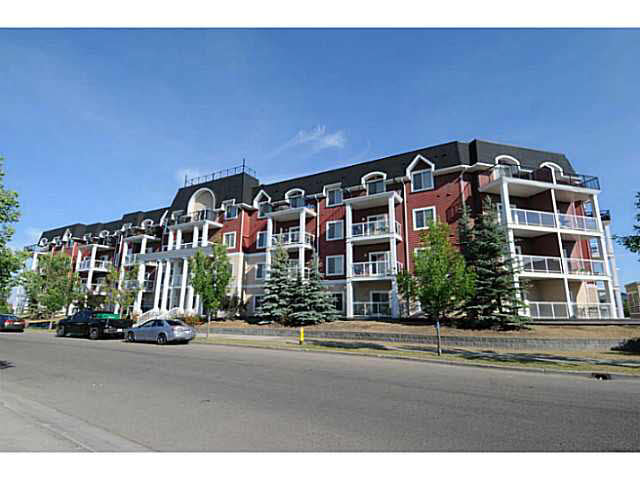 BEST CHOICE in Edmonton's southwest, this 2 bedroom condo is like new and IMPRESSIVE! OPEN CONCEPT layout with a split bedroom design and SOARING 9FT ceilings gives it a very spacious feel. Kitchen has is a functional U shape design with RAISED breakfast bar, lots of maple cabinets and GRANITE counter tops. Assigned dining space opens to the living room with Patio doors to the large BBQ ready BALCONY, overlooking the PRIVATE and QUIET court yard. Generous MASTER with walk through closets and 3 pce ensuite has an oversized stand up shower. Spacious INSUITE storage room with stackable washer/dryer, a second bedroom and fresh guest bathroom complete the space. Party and Exercise rooms in the building are also an attractive feature not to mention the heated underground parking which make this condo perfect for the colder months. With just steps to public transportation, minutes to the Anthony Henday and to the shops of Ellerslie Rd. living in the South has never been more convenient nor affordable!