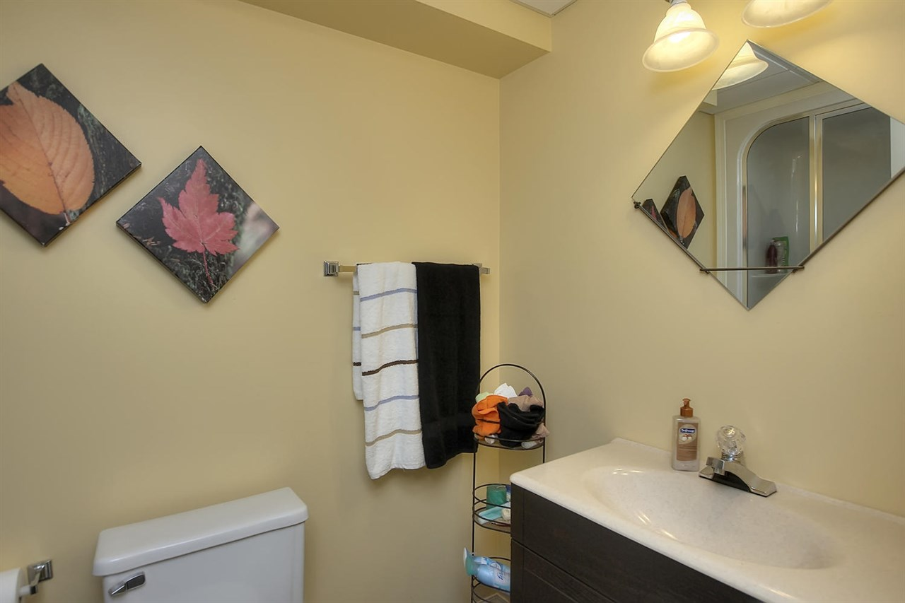 The full bathroom in the basement even has a tub that includes a full steamer shower. Your family member or guest in the basement will love this feature.