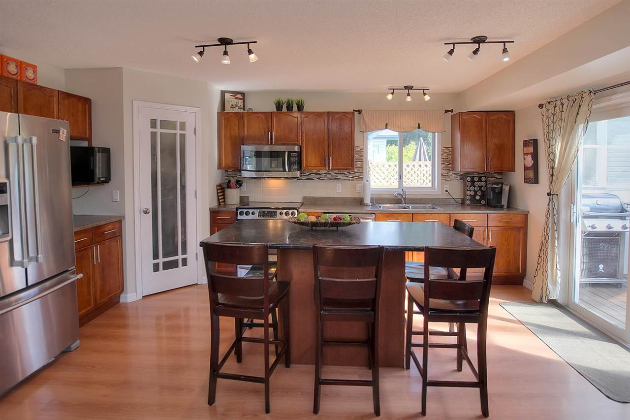 The Kitchen is always the heart of the home and in this home, it really shows. Spending quick meals and time together will be easy with this open lay out.