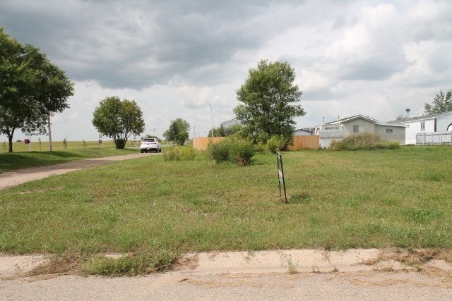Mobile home lot in Elk Point. Services are in place.