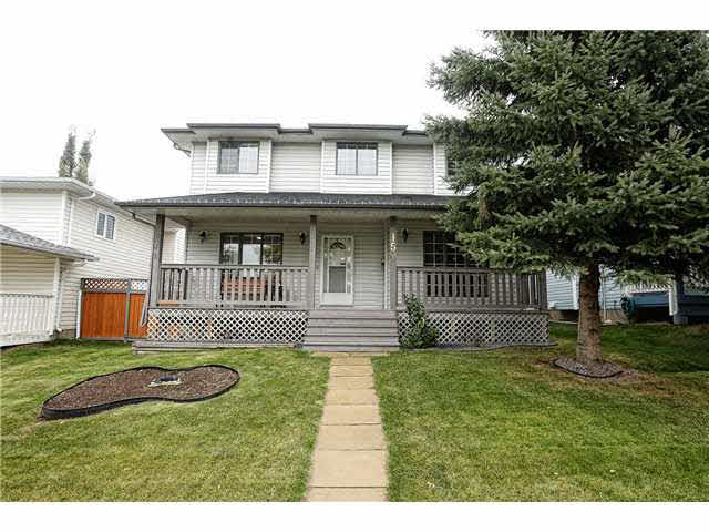 This is truly a lovely home that has been well cared for! Looking for a little extra room for your family, well this 1800 sq ft 2 Storey home is ready for you! The spacious open main floor plan offers a large living room with wood burning fireplace, formal dining area that can accommodate a large table, peninsula kitchen with large pantry, a den/flexroom for your in home office and a 2 pce bath. Upstairs you will find the 3 large bedrooms, laundry area and the Master bedroom offers a deluxe 4 piece ensuite with Jacuzzi tub & corner shower. The basement is finished with a recreation room set up for the media entertainment centre, a roughed in 3 pce bath and storage. New furnace. Great curb appeal with the front covered verandah and large windows, well groomed back yard with tiered deck and firepit, double attached rear garage with a lot more room to park 2 more vehicles and RV/Boat Parking. New shingles! Perfect location for kids 1 block to the park and soccer field. Very clean and move in ready!