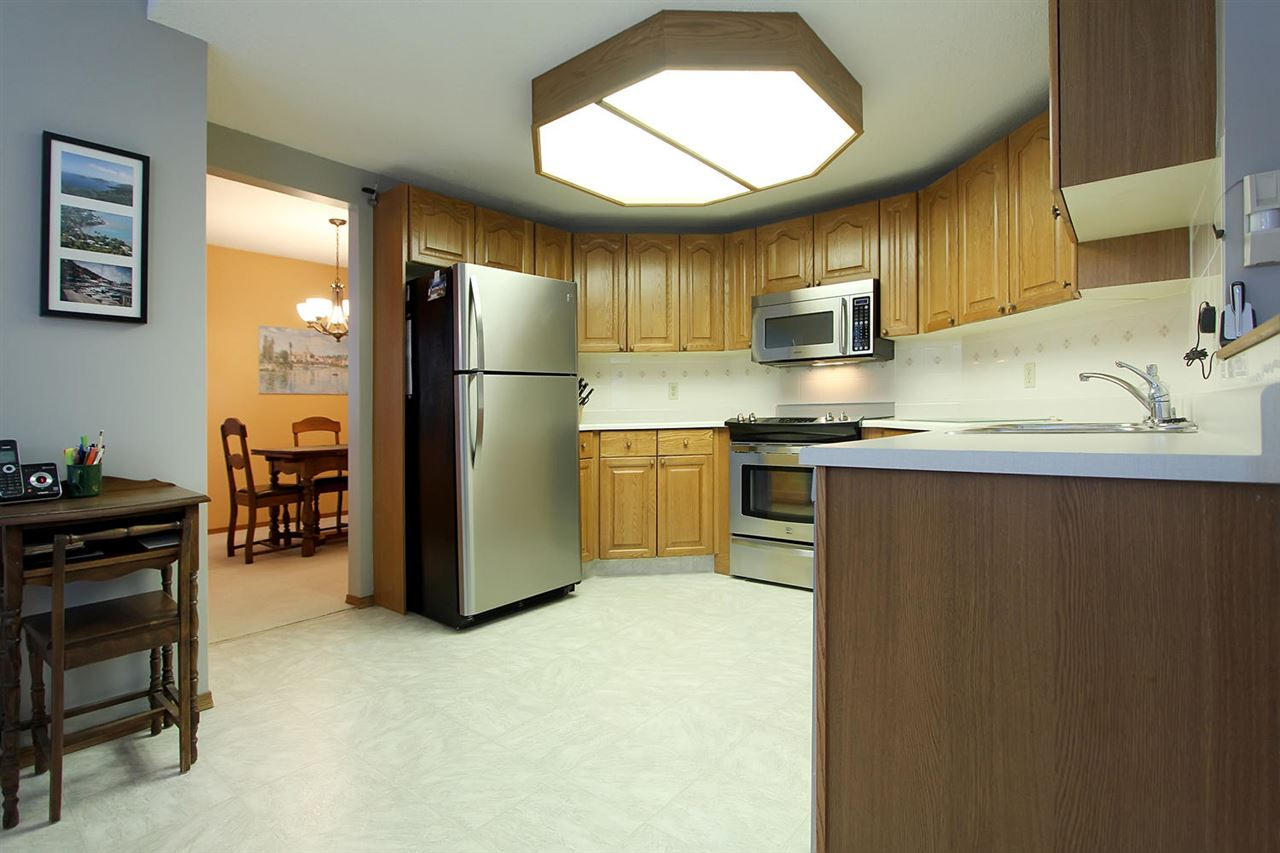 The kitchen space is well organized and you will appreciate the newer stainless steel appliances. This is a great kitchen to work in.