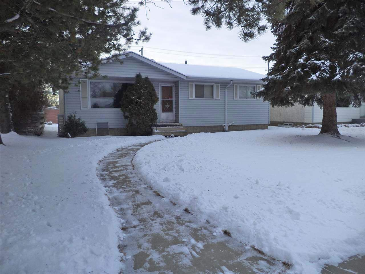 Nice 1033 sqft bungalow in the community of Elmwood. 3 bedrooms and a full 4 piece bath. New furnace and hot water tank and laminate flooring in living room. Double detached garage. Situated on a large lot. Perfect for the first time buyer or investor. Needs some TLC