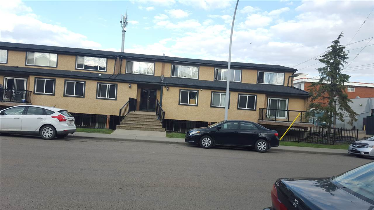 This is your opportunity to own your own home, located in The desirable west Edmonton and close to the west Edmonton mall. Fully renovated with nice high end finish and stainless steel appliances. Note there are 15 units available so it's great opportunity to invest as well. Measurements are done in accordance to RMS.