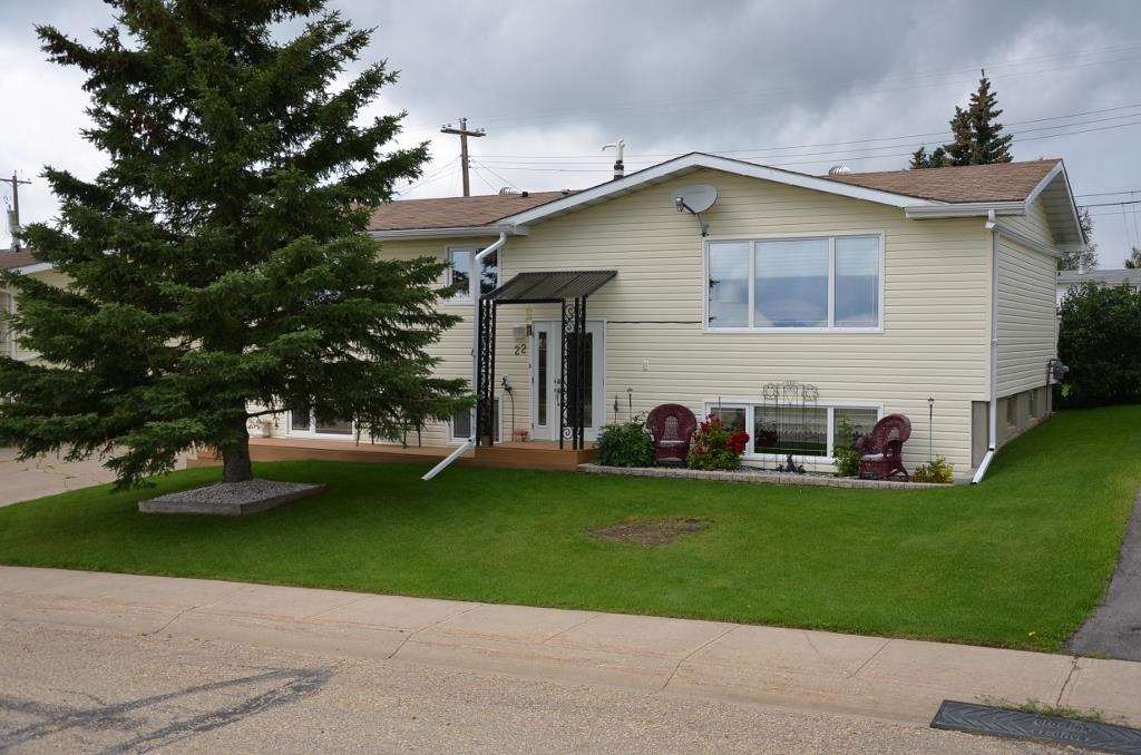 YOUR TOP PICK. Meticulously cared for 1175 sq ft 3+1 Bedroom 2.5 Bath Bi Level along privately located Southview Avenue in Swan Hills, AB. Bright, Clean and Updated with wonderful features. Excellent kitchen, dining and living area featuring updated cabinetry, modern appliances, recent paints, flooring and more. Good flowing floor plan with large light gathering windows on both floors including the large open concept basement family room. New high efficiency furnace, Hot water tank, Vinyl windows, sidings, and good shingles. Gorgeous fenced yard with large back deck overlooking bright green grass and landscaping features. Detached garage at side of home perfect for vehicle storage or hobby workshop. Great piece of property with care free living for you at its best.