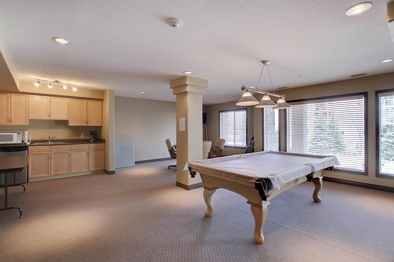 On the second floor of the B building, you will find a club room with a small kitchen, pool table, tv and sitting space to play a game, watch a hockey game or just get a change of scenery.