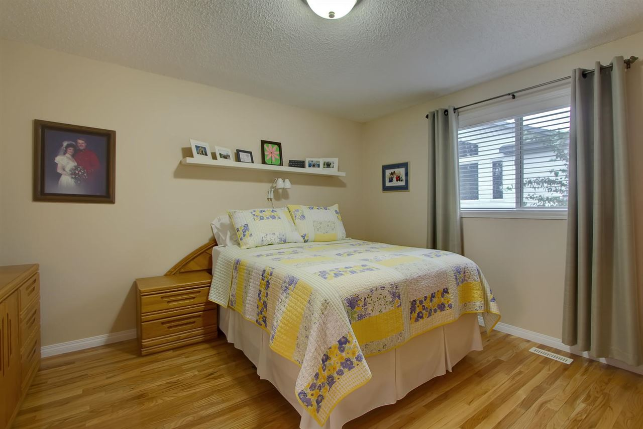 The Master bedroom has the same lovely hardwood flooring and the room has the space to hold all your furniture. A king sized bed fits easily.