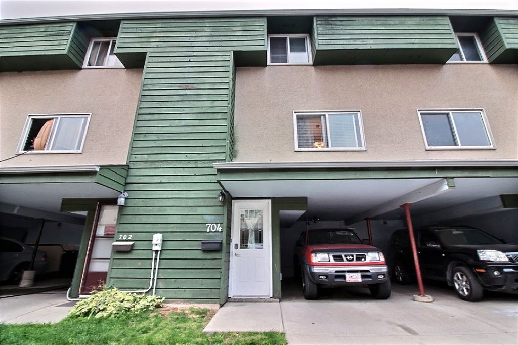 Well maintained townhouse with LOW condo fees! This home is ideal for first time homebuyers, small families or even someone looking to downsize. The kitchen is nicely updated with newer cabinets, countertops and stainless steel appliances. Hardwood floors throughout the main and upper level and a sharp looking tile flooring in the kitchen a dining area. The master bedroom is large enough to fit a king size bed plus a couple other pieces of furniture. Upstairs are 2 more bedrooms and a full bathroom. There is a small fenced yard backing onto green space. The downstairs space provides plenty of storage room plus laundry room. The hot water tank was replaced in 2016 and the furnace a few years earlier. This home is move in ready and awaiting new owners. Don't miss out on this great opportunity!